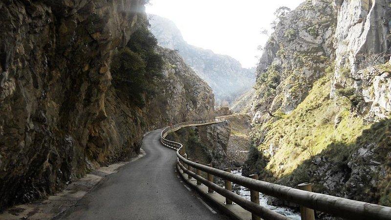 Viaje organizado de ciclismo en Asturias, La Cubilla, Angliru